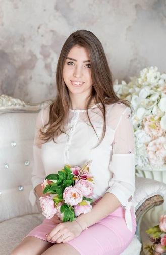 Боровкова Анна Сергеевна - куратор студенческого совета